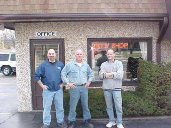 Photo of the Downers Grove Auto Rebuilders owners, the Kastner Family